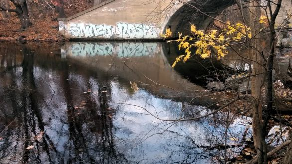 Graffiti on Mystic River 1